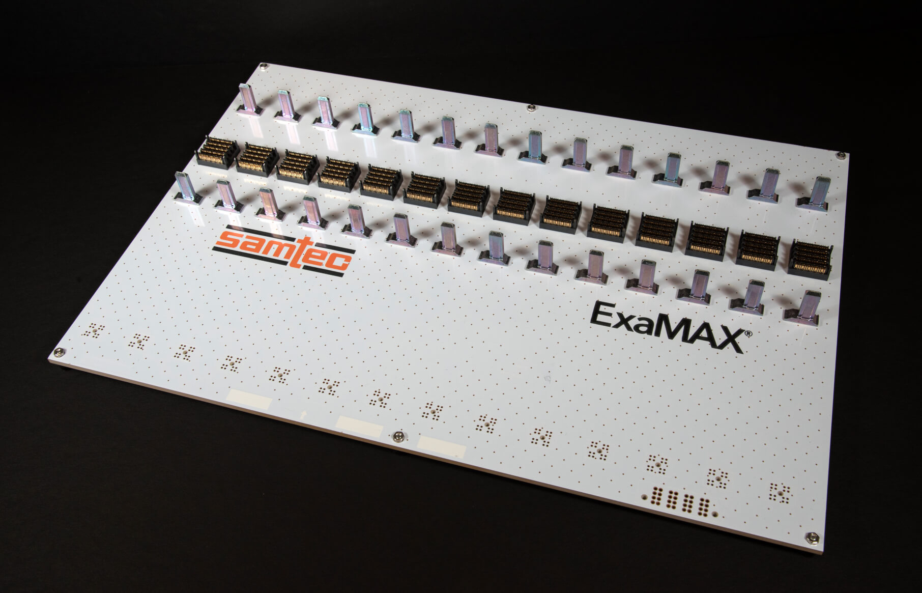 ExaMAX背板